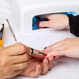 scelta-corso-ricostruzione-unghie